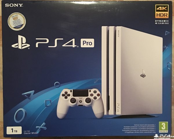 PS4 Pro 1TB Black и White CUH-7116B новые